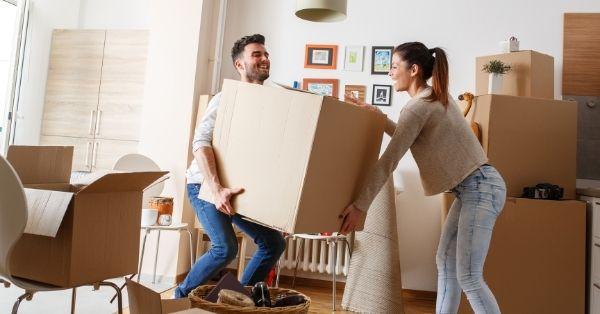 איך לארוז את הדירה לפני ההובלה